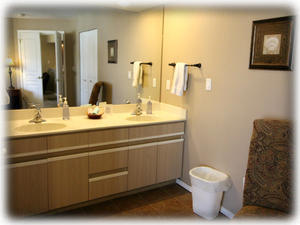 Dual sinks in master bedroom