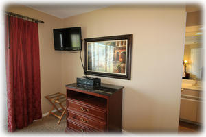 Master bedroom HD TV. All TVs on cable.