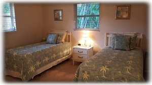 """Bahama"" Bedroom {Twin Beds Can be Combined to King & All Bedding Provided}"