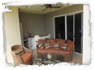 Cozy lanai. A great place to enjoy your morning coffee or a cool evening drink