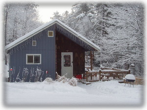 Lisbon new hampshire vacation rental cabin cozy white for Ski cabins in new hampshire