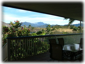 Majestic crater & mountain views! Enjoy outdoor living