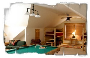 Child friendly bunk room with unbelievable private pool table.
